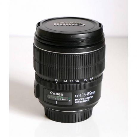 Minolta Objectif 28mm f/2.8 AF